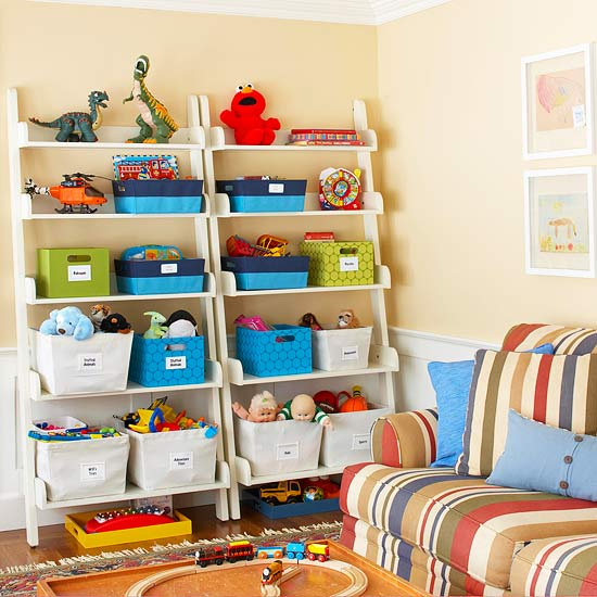Colorful Solutions for Clutter Control