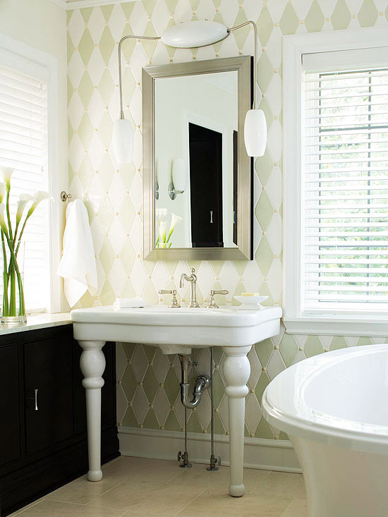 Master bathroom ideas remodeling better homes and for Better bath remodeling