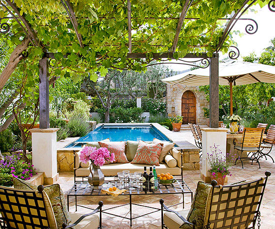 10 ways to create a backyard getaway - How to create a small outdoor oasis ...