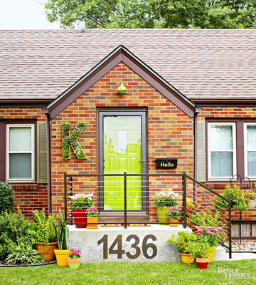 See Easy Ways to Boost Curb Appeal