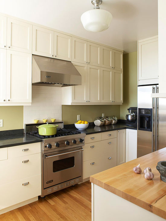 Small Kitchen Remodel: Light & Airy