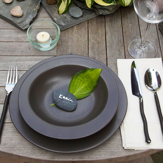 Creative Outdoor Table Settings