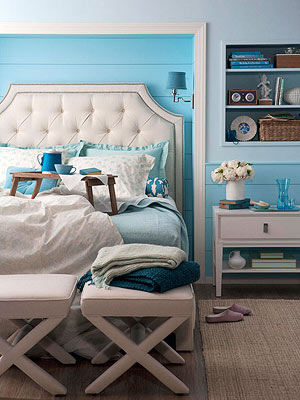 Make Your Bedroom A Sanctuary An Easy First Step Clear The Area Around Bed Of Anything That Doesn T Delight Or Relax You