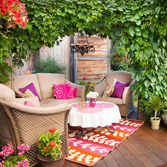 Backyard Entertaining Tips