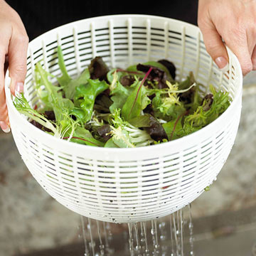 Salad Bowls & Spinners Buying Guide