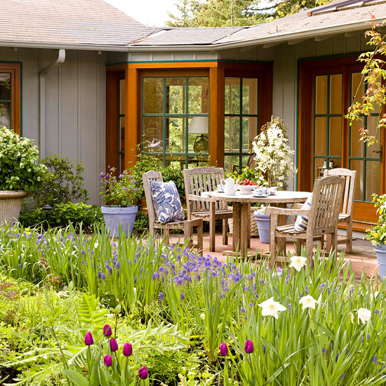 Make the most of a small backyard for Great small backyards