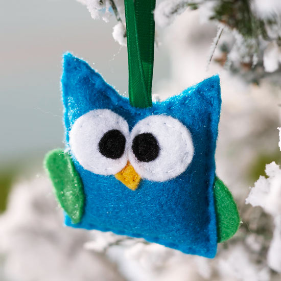 Make Felt Christmas Ornaments
