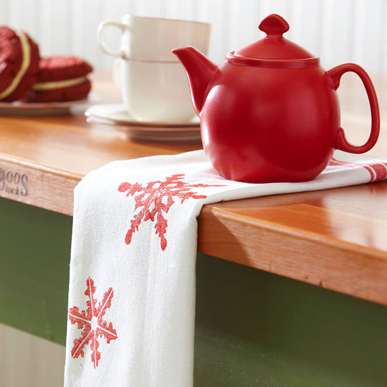 Make a Stamped Snowflake Tea Towel