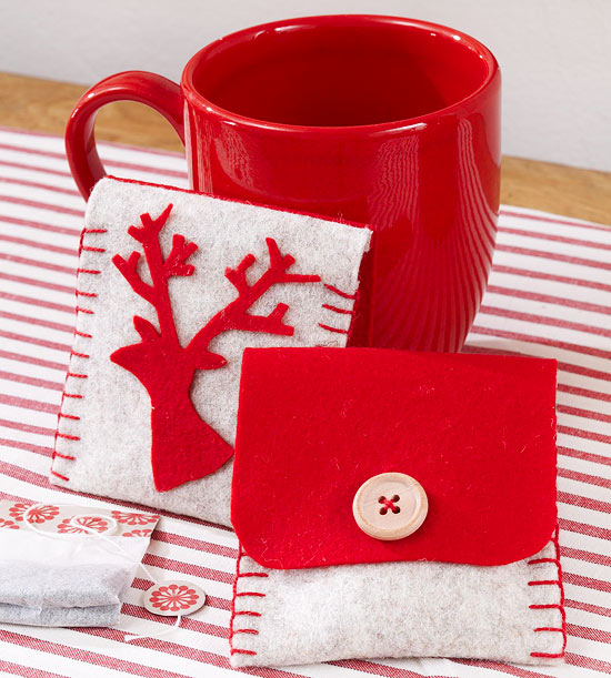 Cozy Christmas Tea Holder