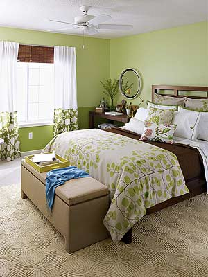 A Bedroom Makeover in Green