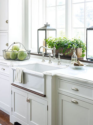 Find the best kitchen faucet for Kitchen window sill decoration ideas