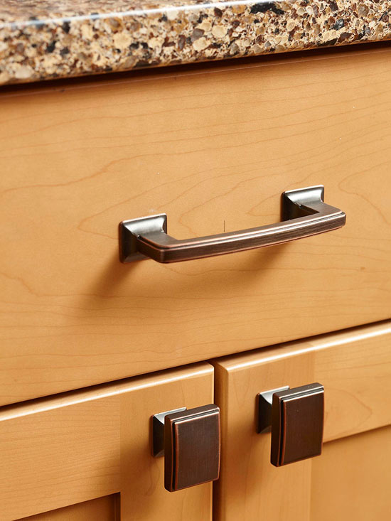 Kitchen cabinet handles for Kitchen cabinets hardware