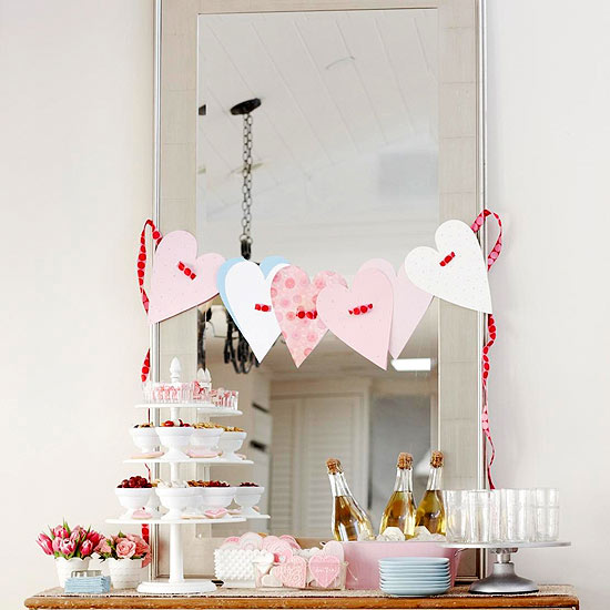 Beribboned Hearts Garland