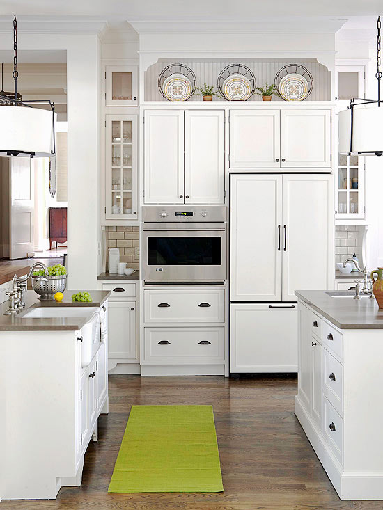 Ideas for decorating above kitchen cabinets - What to do with the space above kitchen cabinets ...