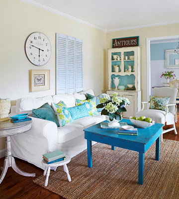 House Tour: Cottage in Blue