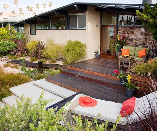 Make a low maintenance backyard for Creating a low maintenance garden