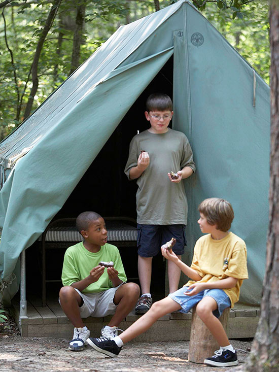 How to Shop for a Summer Camp