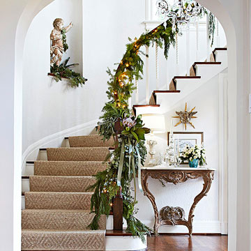 Pretty Christmas Garland
