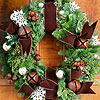 Add Personalized Accents to an Ordinary Wreath