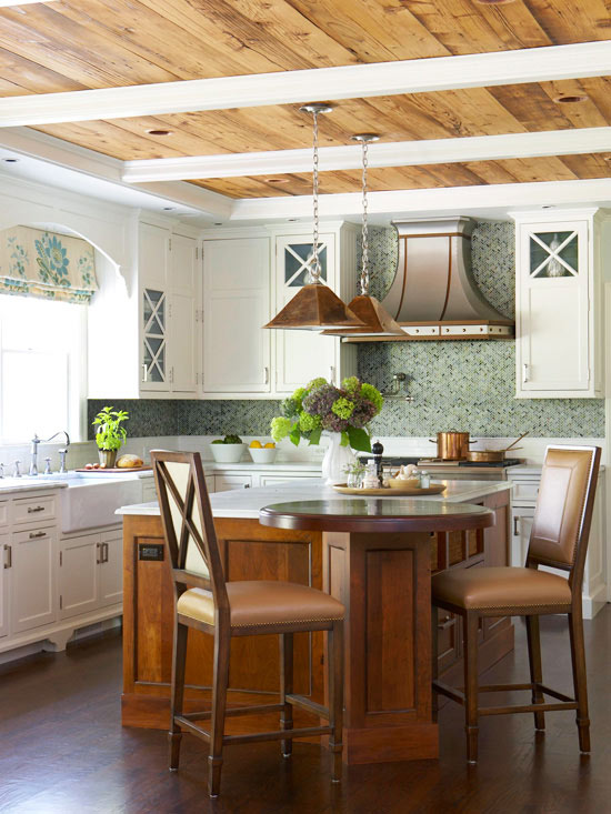 Comfortable rustic kitchen for Traditional rustic kitchen design