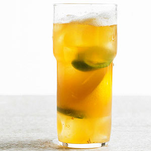 Spicy Apricot Shandy