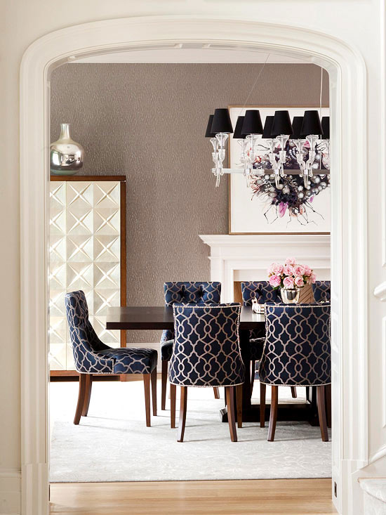 Formal dining rooms elegant decorating ideas for a for Navy dining room ideas
