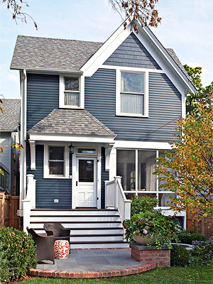 8 Questions to Ask When Choosing Siding Colors