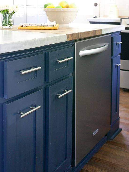 'Selecting a Dishwasher' from the web at 'http://images.meredith.com/content/dam/bhg/Images/2013/6/24/101661810.jpg'