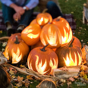 Outdoor Halloween Decorating with Pumpkins