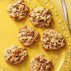 Toasted Nut and Oatmeal Cookies