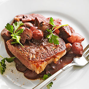 Beef with Mushrooms and Pearl Onions in Red Wine Reduction