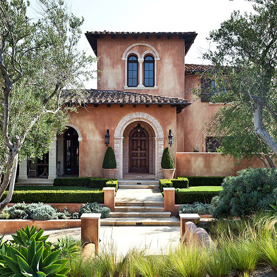 Mediterranean style home ideas for Mediterranean stucco