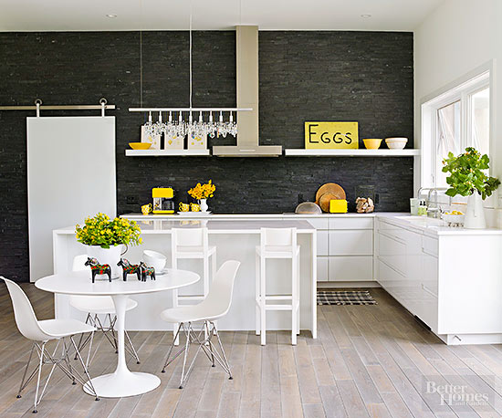 ... White Kitchen Without Its Green And Yellow Accents And Irregular  Handwritten Sign. It Would Be Cool And Contemporary, Yes, But Also Far From  Cozy!