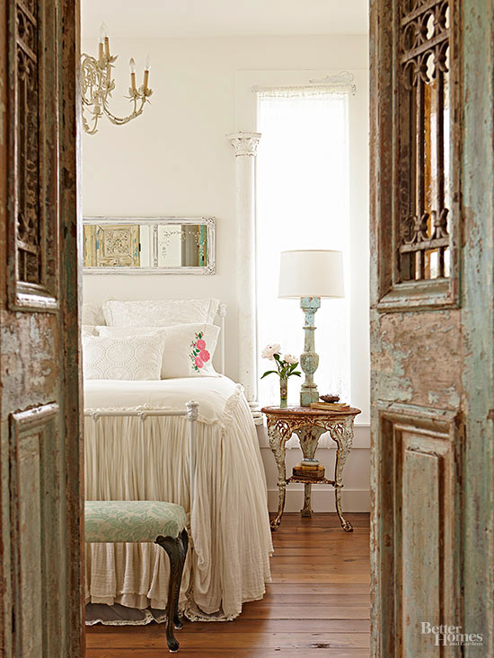 find a muse - Vintage Bedroom Decor Ideas