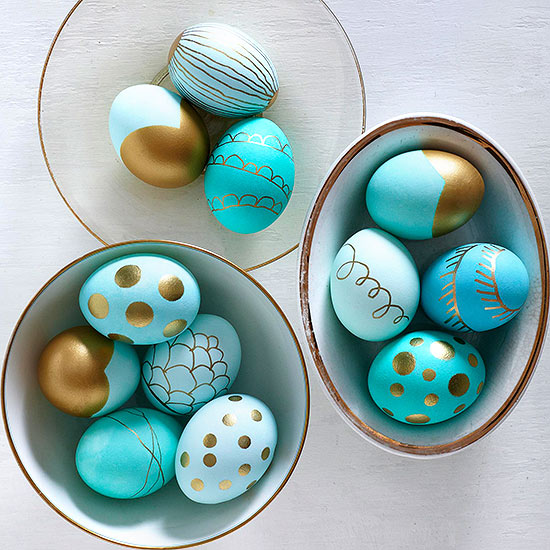 Metallic-Dipped Easter Eggs