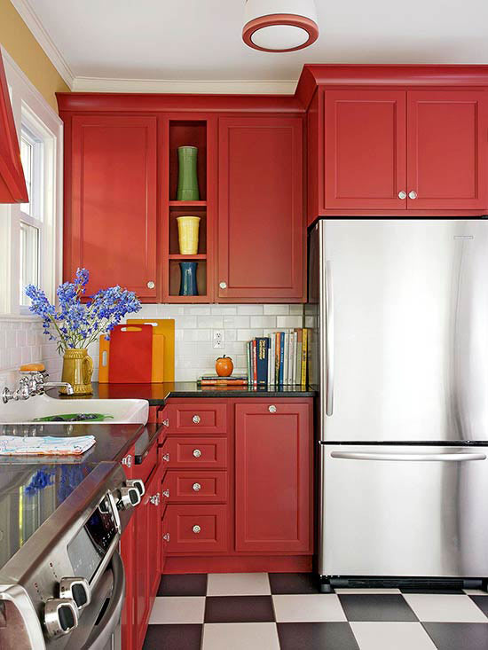 What Colors Go With Red