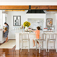 Gorgeous & Family-Friendly Kitchen