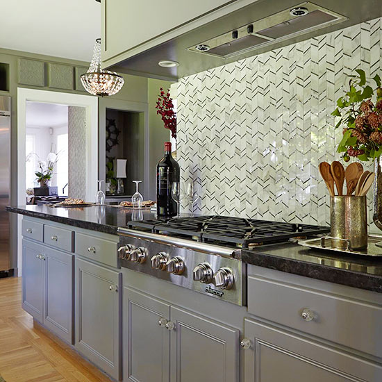 kitchen backsplash ideas: tile backsplash