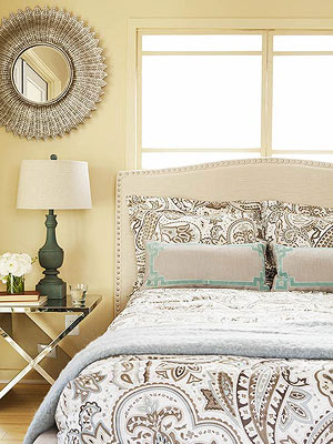 Super Soothing Paint Colors For Your Blah Bedroom