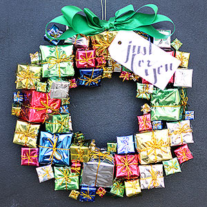 creative christmas wreaths - Outdoor Christmas Decorations