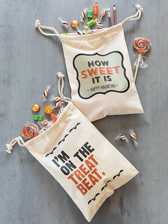 Creative halloween treat bags and containers for Creative ideas for halloween treats