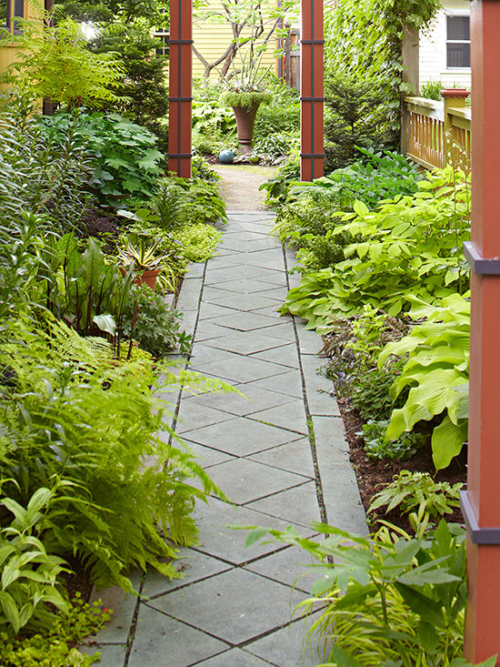Garden path ideas cut stone walkways for Garden path designs