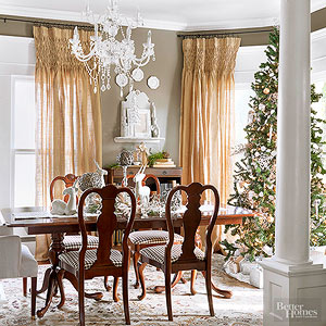 Stunning Christmas Homes We Want An Invite To