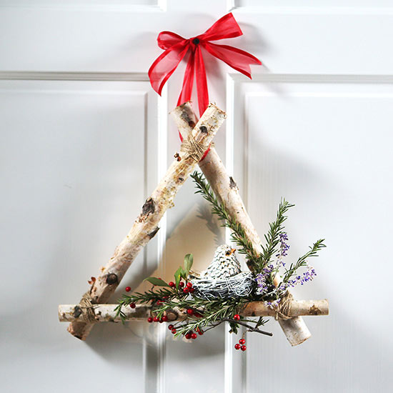 Christmas Wreath: Cool Triangle Shape!