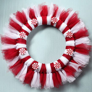 Kid-Friendly Christmas Wreath Made with Two Supplies!