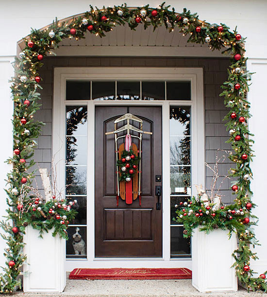 Christmasy Front Doors That Bring The Charm
