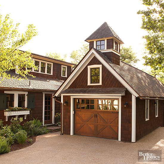 Small houses on pinterest cottages tumbleweed tiny for Small house with garage
