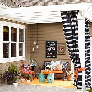 creative diy patio ideas to try - Small Townhouse Patio Ideas