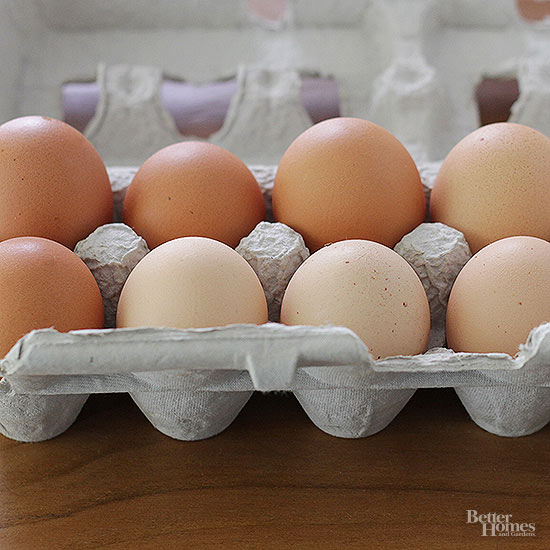 Are Cracked Eggs Safe to Use or Freeze?