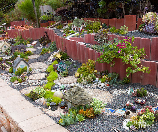 Exceptionnel Combining Drought Tolerant Succulents, Cotswold Cottages, And Elevated Beds  Will Lend Easy Inspection Of The Wee Landscaping Of A Miniature Garden.